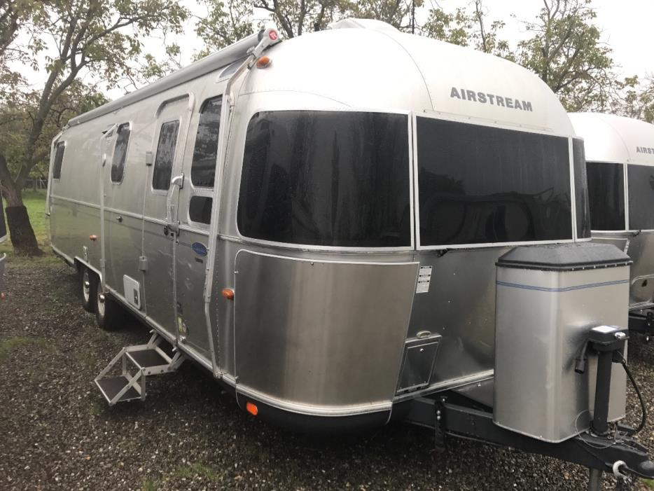 2012 Airstream Classic Limited 30