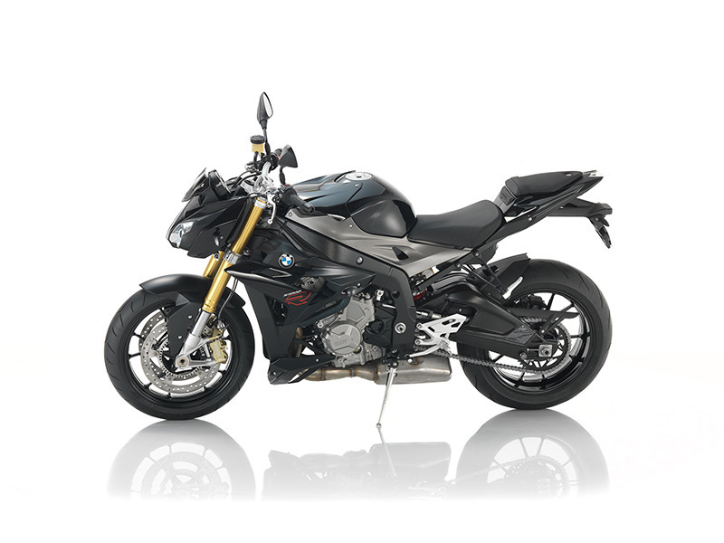 2016 BMW S 1000 R Premium Black Storm Metallic