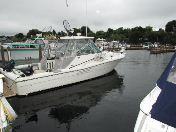 1998 Pursuit 3000 Express