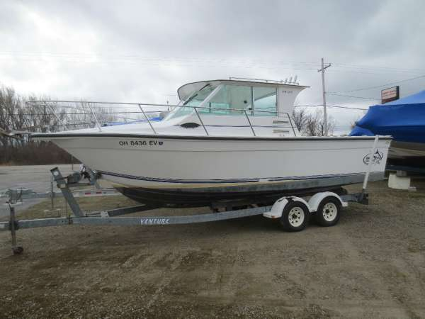 2006 Baha Cruisers 251 GLE