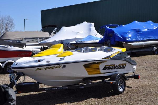 2008 Sea-Doo SPEEDSTER 215