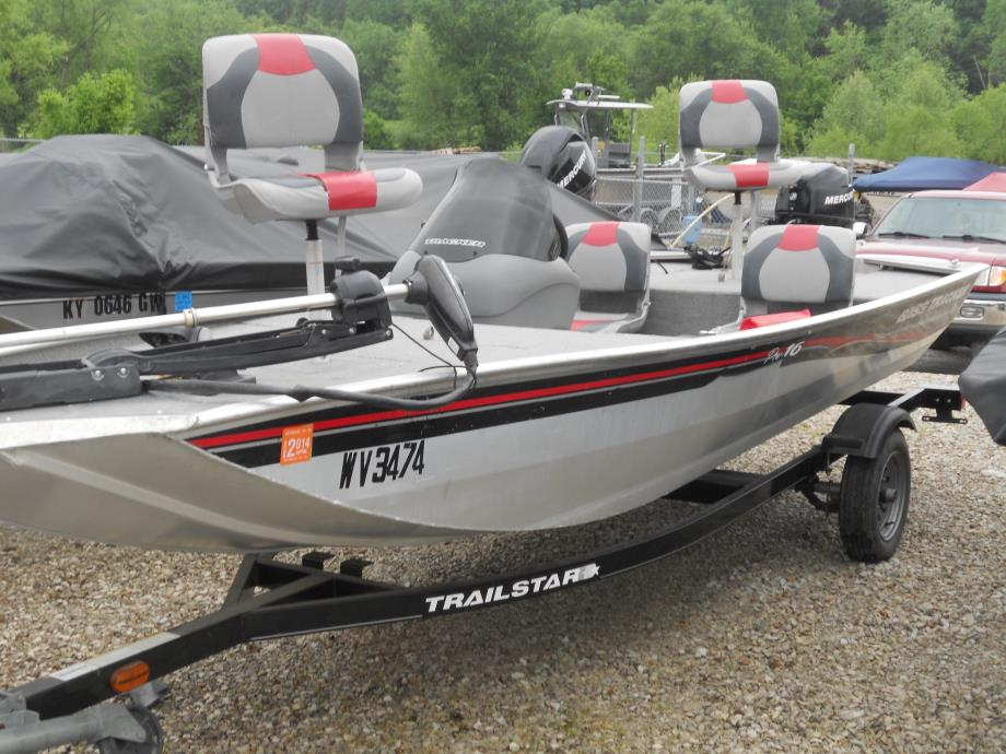 2000 tracker boats for sale in bellaire ohio for Bass tracker fishing boats