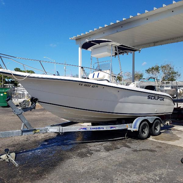 2001 Sea Fox 230 Center Console