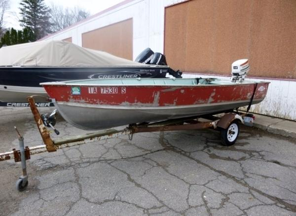 Lund boats for sale in iowa for Fishing boats for sale in iowa