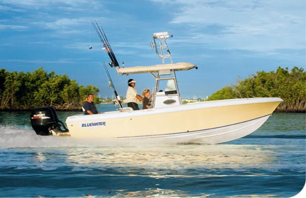 2017 Bluewater 2350 Center Console