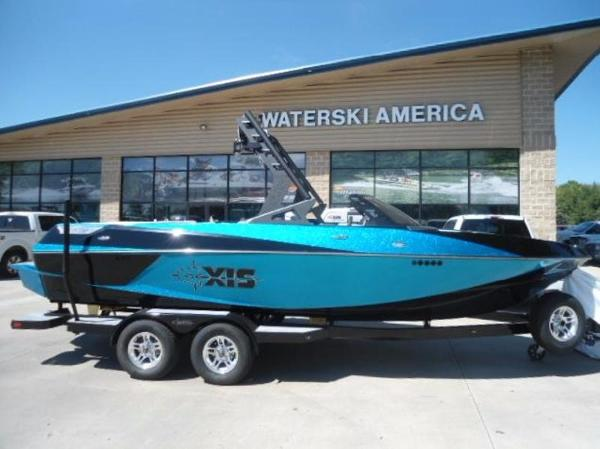 2017 Axis Wake Research Core Series T22