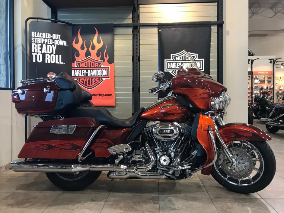 2010 Harley-Davidson CVO™ Ultra Classic Electra Glide