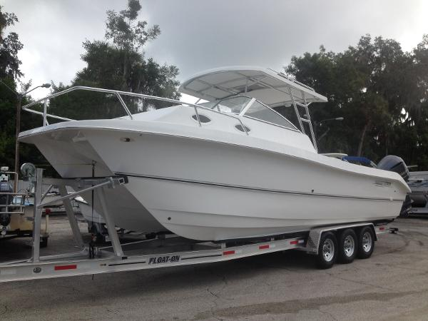 2017 Twin Vee Powercats 31' Custom Express Cabin