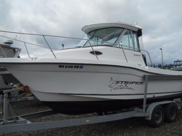2003 Seaswirl Striper 2301