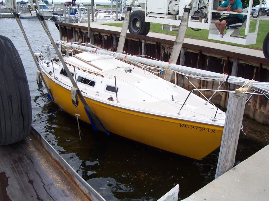 1985 Catalina Catalina 25