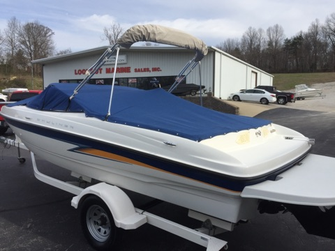 2004 Bayliner International 205