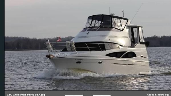 2005 Carver 36 Motor Yacht