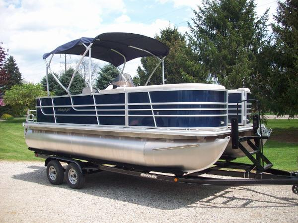 2017 Starcraft ex 21 cruise / fish pontoon