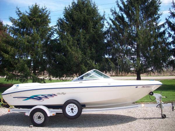 1995 Sea Ray 1700