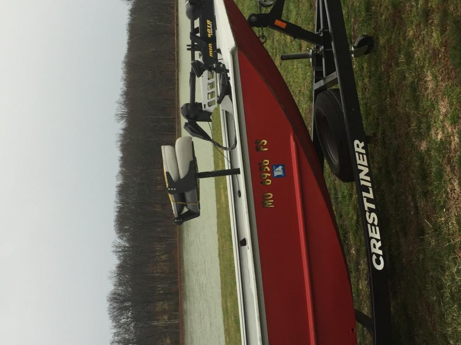 2012 Crestliner Fisherman
