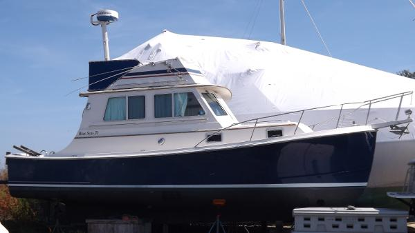 1989 Blue Seas 31 Flybridge