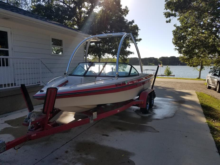 1997 Custom Pan AM Competition ski boat