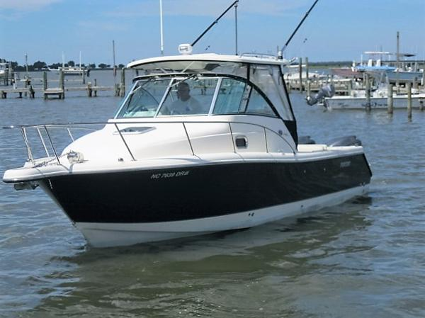 2010 Pursuit 285 Offshore