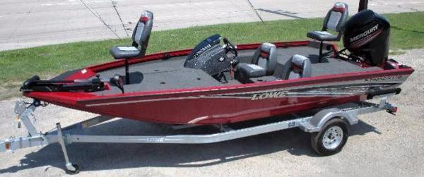 2017 LOWE BOATS Stinger 178
