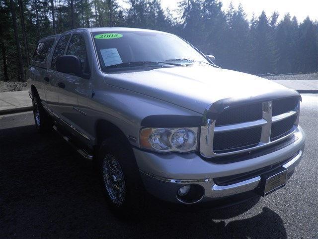 2005 Dodge Ram Pickup 1500 SLT