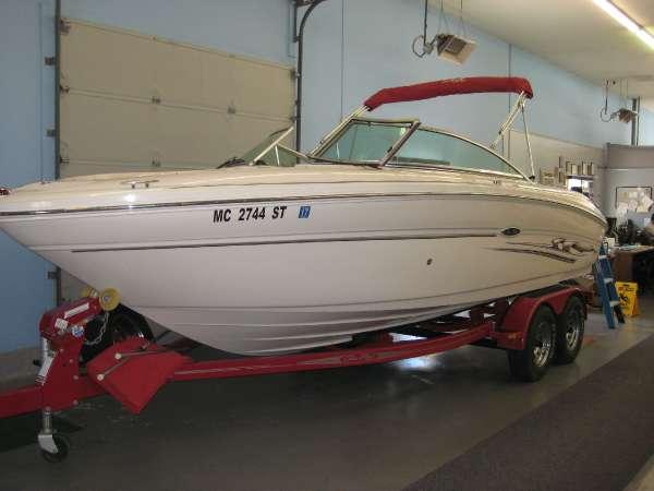 2005 Sea Ray 22 FT SELECT 300 HP