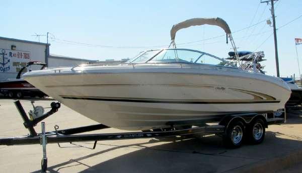 Sea Ray 230 Signature Boats for sale
