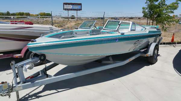 Boats for sale in lancaster california for Yamaha lancaster ca