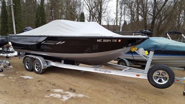 2014 Crestliner Sportfish 2150 SST
