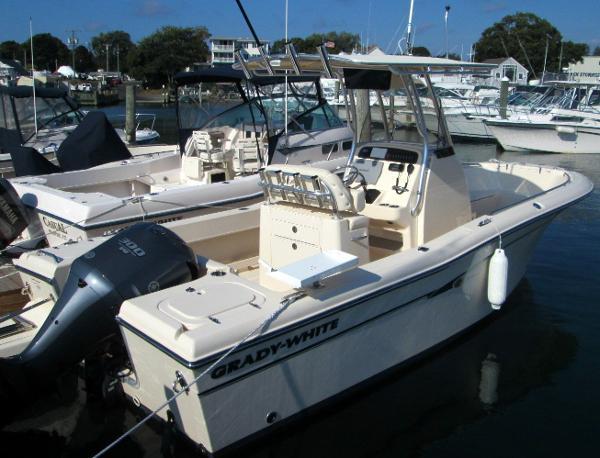2013 Grady-White Fisherman 230