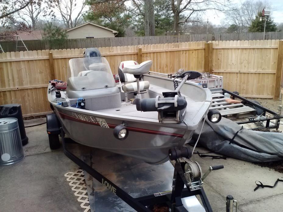 2008 Lowe Fishing Machine