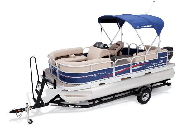 2017 Sun Tracker Party Barge 18 DLX