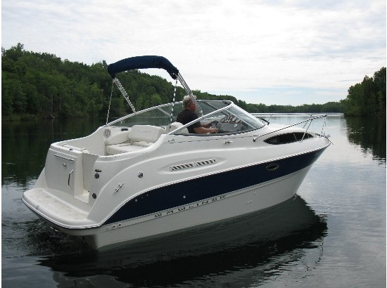 2005 Bayliner 245 Cruiser