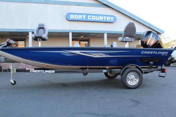 2017 Crestliner VT 17 Bass Boat