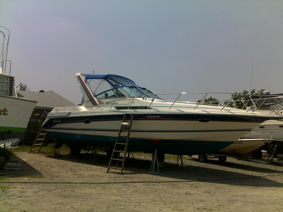 1989 Thundercraft 350 Express Cruiser