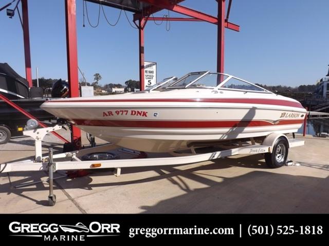 larson 190 boats for sale rh smartmarineguide com Larson Boat Emblem Larson Pontoon Boats