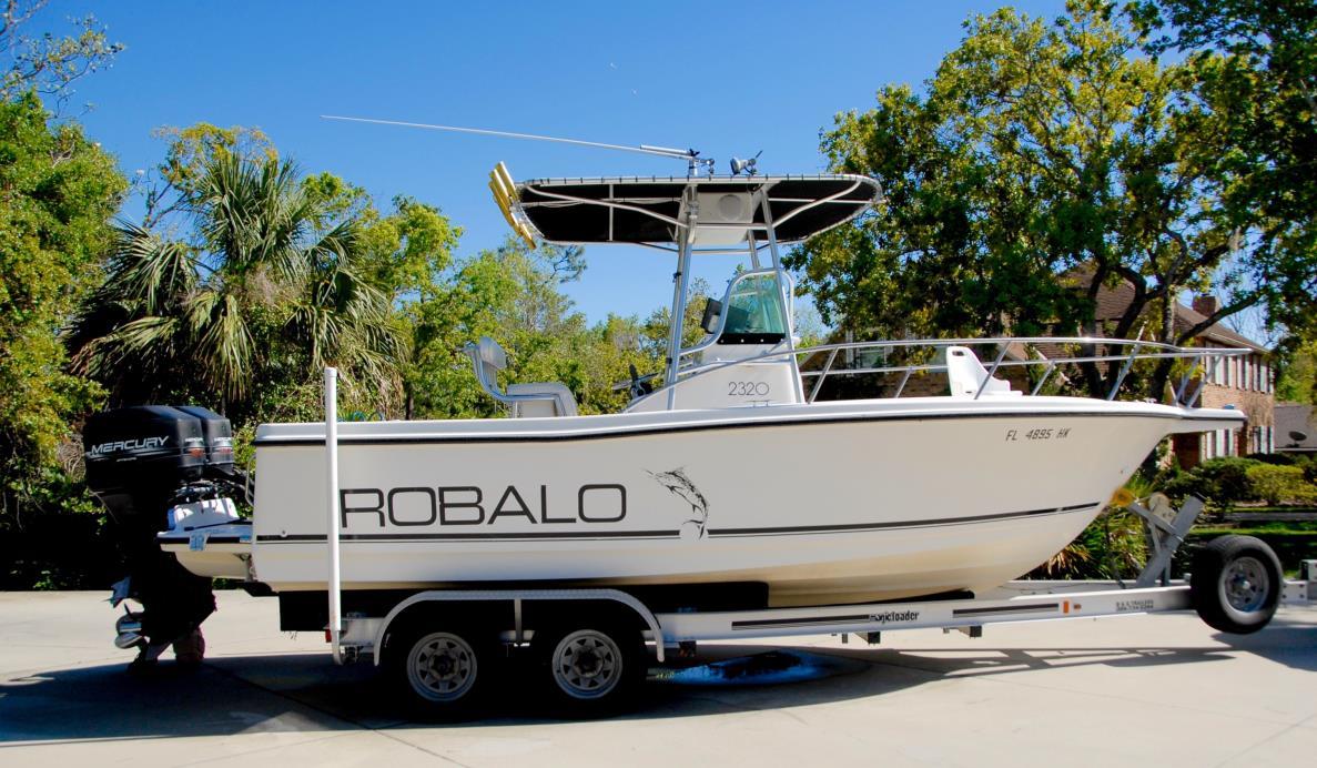 1997 Robalo 2320