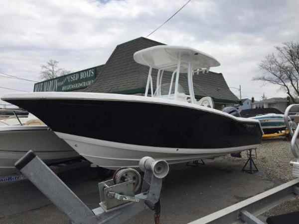 2016 TIDEWATER BOATS 220 CC Adventure