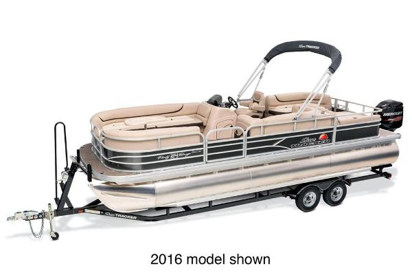 2017 Sun Tracker Party Barge 24 XP3