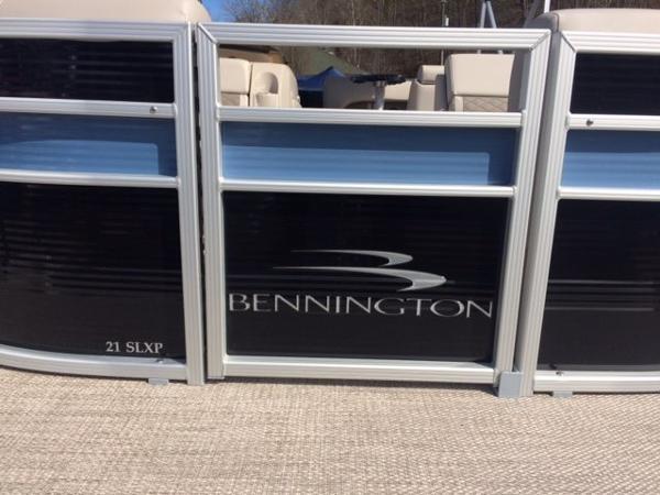 2017 Bennington 21 SLXP Triple Tube