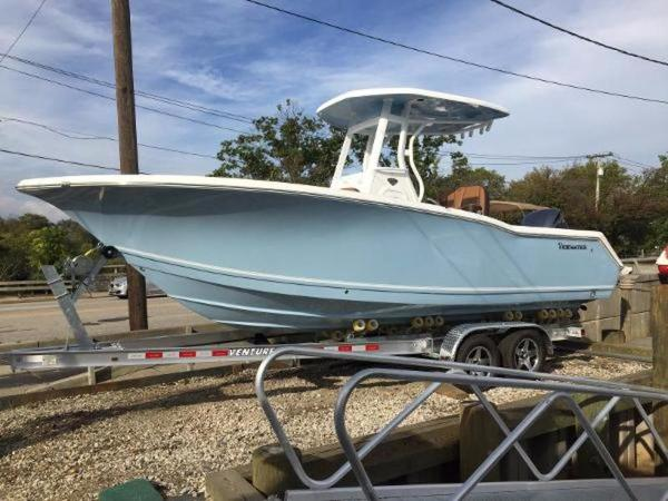 2017 TIDEWATER BOATS 230 CC Adventure