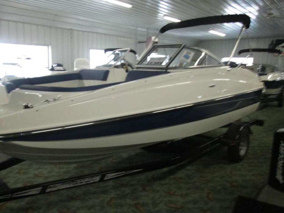 2016 Bayliner 190 Deck Boat