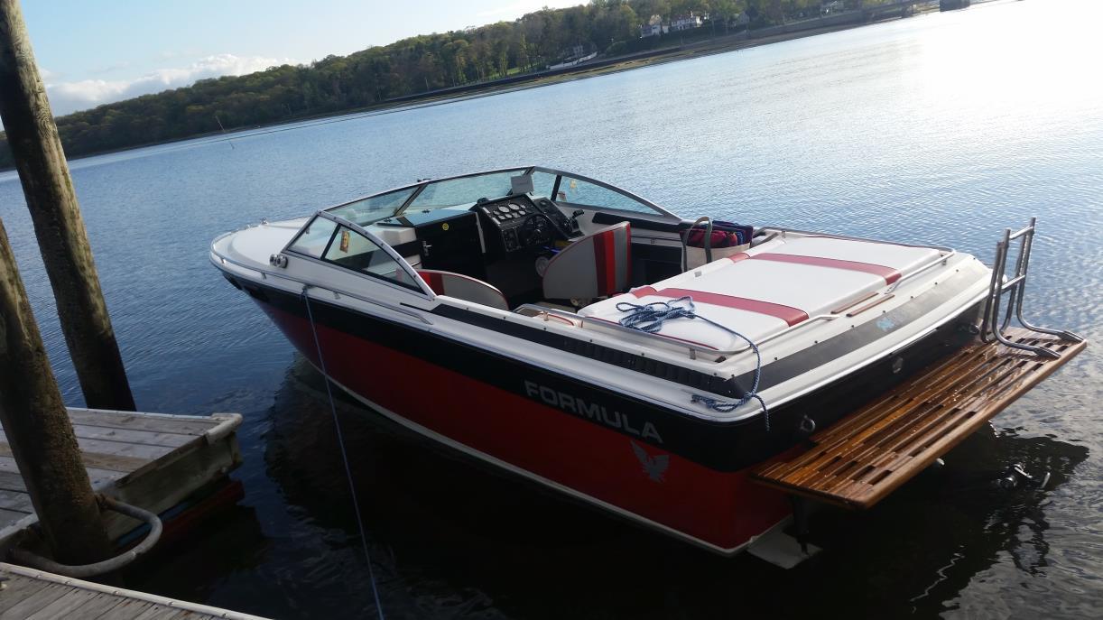 1984 Formula Yachts 242 LS