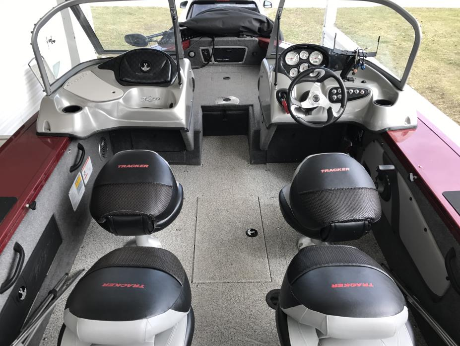 2014 tracker boats targa v18 combo boats for sale - Tacker fur polstermobel ...