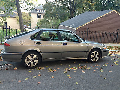 Saab : 9-3 SE Hatchback 4-Door 2002 saab 9 3 se hatchback 4 door turbo loaded