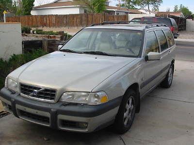 Volvo : V70 X/C AWD Wagon 4-Door 2000 v 70 xc