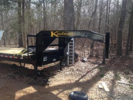 2015 Kaufman goose neck 30 ft trailer