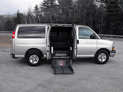 Chevrolet : Express Power Ricon, Clear-View S-Series Wheelchair Lift  2003 chevy express 3500 series handicap wheelchair van 83 148 mi