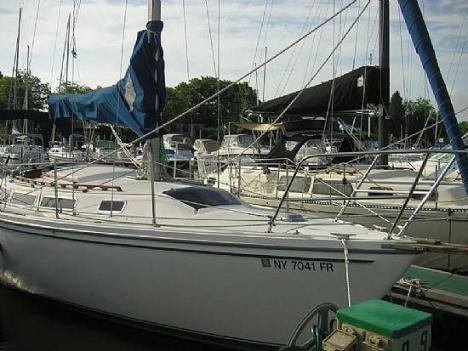 29' 1982 Catalina 30 Tall Rig
