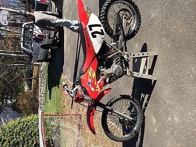 Honda : XR Dirt bike motorcyle dirtbike kids