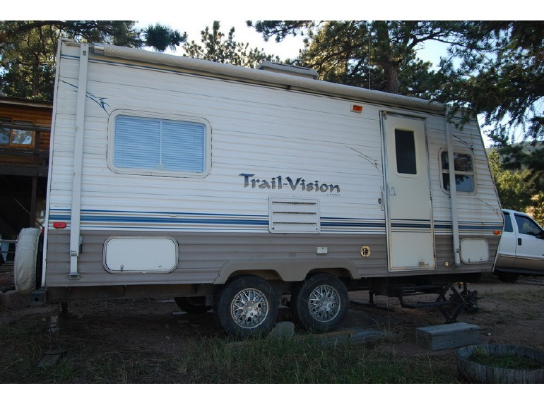 2003 R-Vision Trail-Vision 26rks